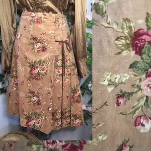 *Review* Floral midi skirt with a vintage vibe